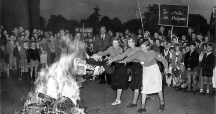 Il rogo dei libri censurati Berlino 1933